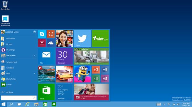 Microsoftがリリースした「Windows 10」は、最初の印象とはまったく違うものになっている。   これはユーザーが見ている中で成長したOSだ。Windows 10のビルドは、2014年10月からWindows Insiderプログラムを通じて早々と公開された。   Microsoftは500万人以上のテスターからのフィードバックをもとに、このOSにさまざまな修正や機能追加を行ってきた。その結果、Windows 10の外見や感触は最初のリリースとはかなり異なるものになっている。   この記事では、Windows 10がプロトタイプから今回リリースされたものまで、どのように進化してきたかを紹介する。   初期リリース   Windows 10の最初のビルドは見た目がかなり違うかもしれないが、スタートメニューが復活しているという点は変わらない。   Windows 8では、タイルベースのスタート画面が導入される代わりにスタートメニューが消えたことで驚きを呼んだが、MicrosoftはWindowsユーザーのお気に入りのこの機能を再び採用することで、不満を抱いたユーザーを取り戻すことを狙っている。   この画像では、「すべてのアプリ」リスト、カスタマイズ可能な「よく使うアプリ」、そしてライブタイル(動的に更新される情報を表示する、アプリとリンクしているタイル)が表示されているのがわかる。   Windows 10の後期のバージョンでは、スタートメニューの外見と機能が変更されたが、ライブタイルが廃止されることはなかった。