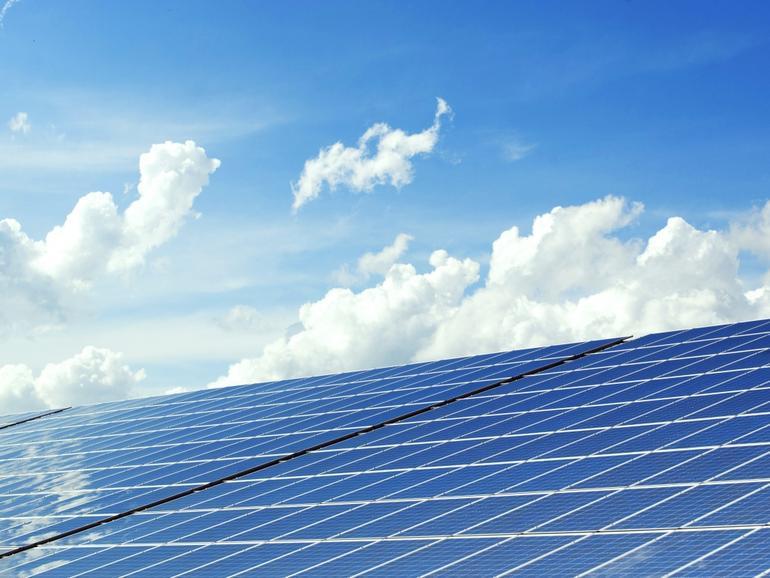 「クリーンなクラウド」へ--マイクロソフト、315MWの太陽光エネルギーを購入
