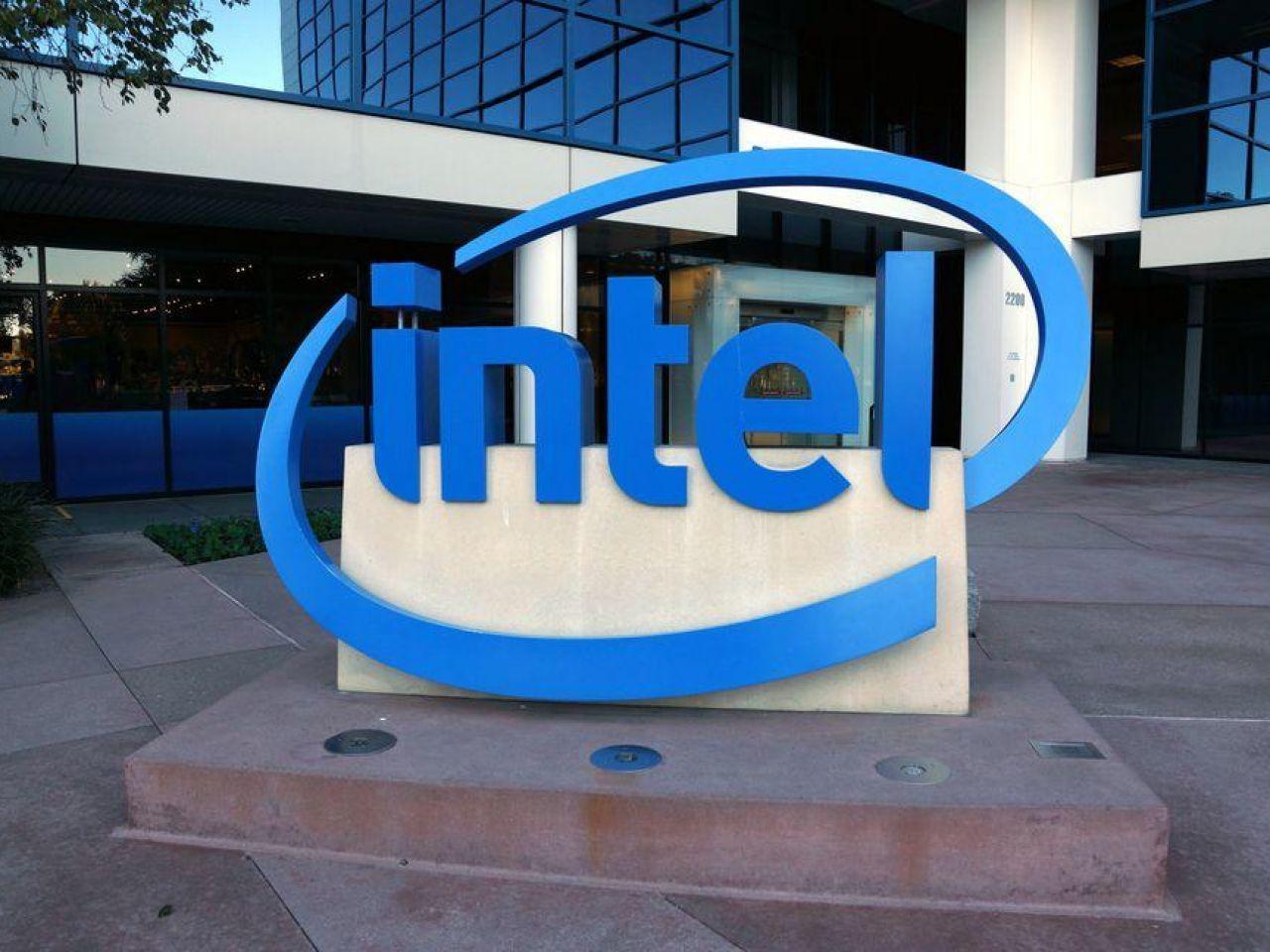 インテル、「SGX Card」を発表--クラウドデータセンターのセキュリティ向上に向け