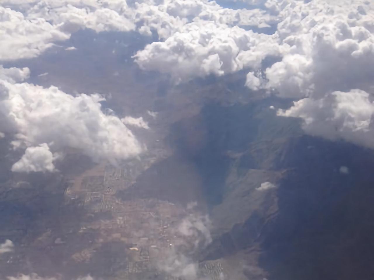 日本航空、デジタル変革の推進でハイブリッドクラウド基盤を構築