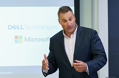 Dell Technologies Principal Systems Engineer Global Microsoft Pre-Sales Robert F. Sonders 氏