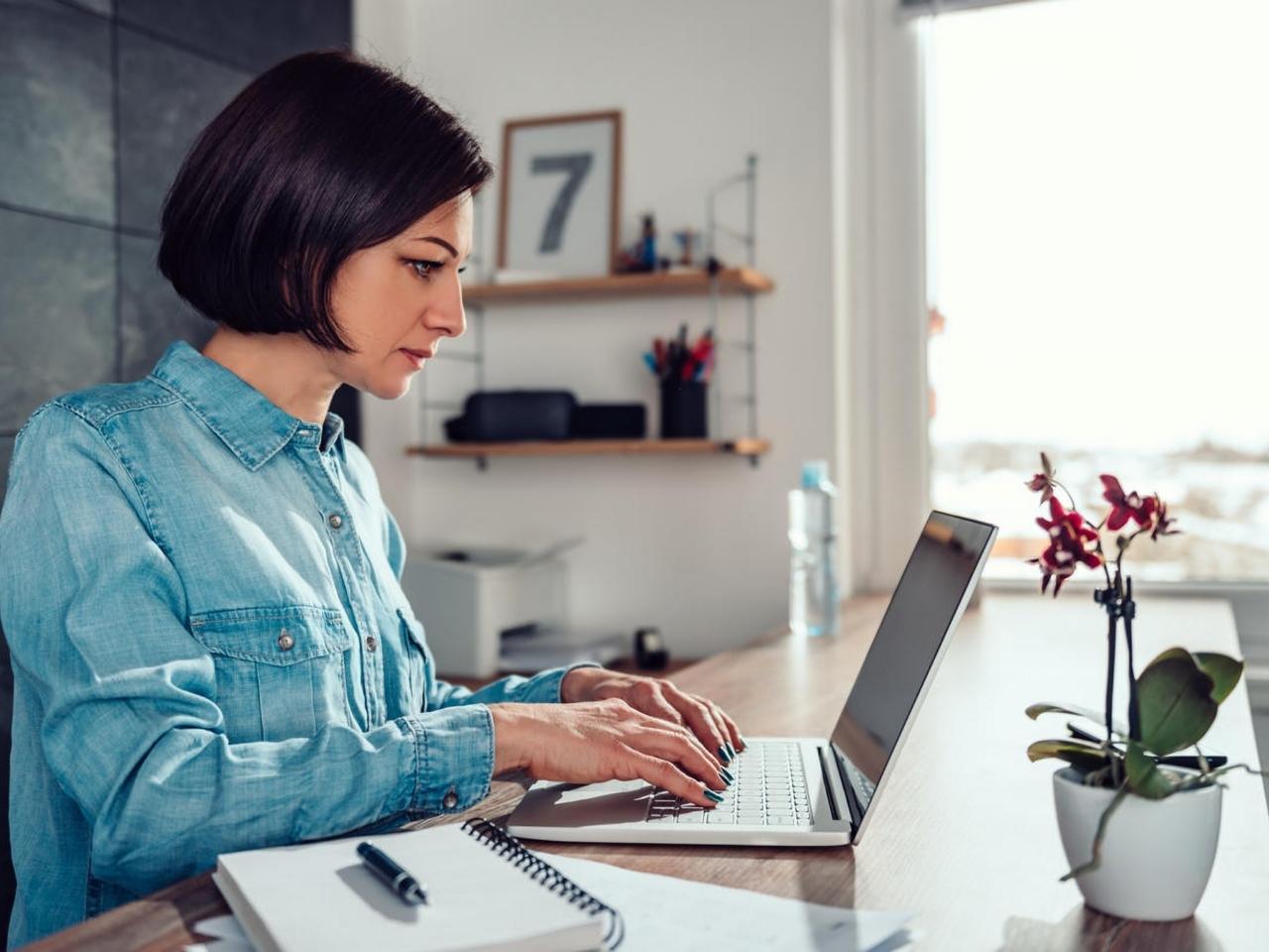 在宅勤務のセキュリティ対策に認識の甘さ--クラウドストライクが指摘
