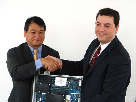 日本IBM、日本AMD提携強化画像